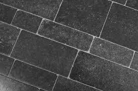 Belgisch Hardsteen Buiten.Belgisch Hardsteen Duurzaam En Onberispelijke Kwaliteit